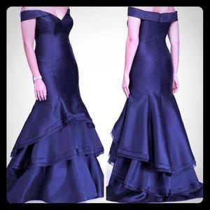 Gorgeous Xscape Blue Formal Gown (Size 6)